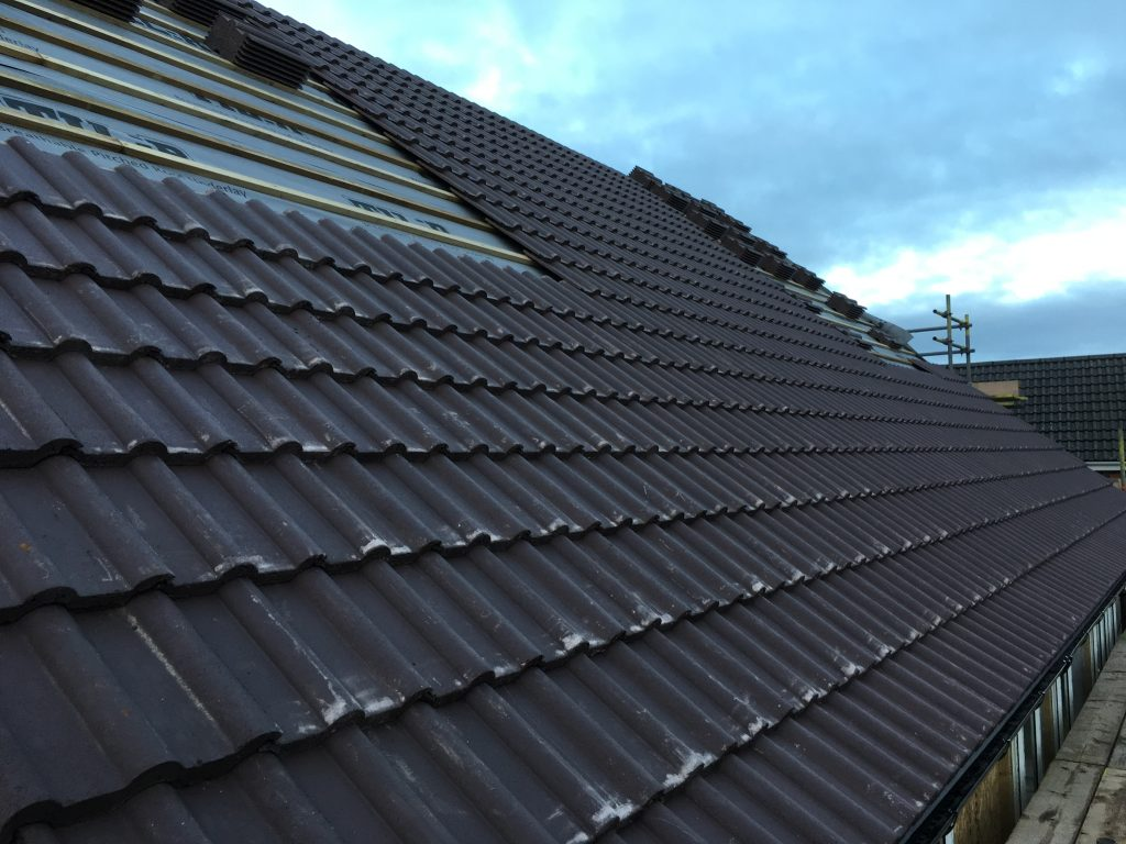 Maxiom Plot 9 Roof tiles
